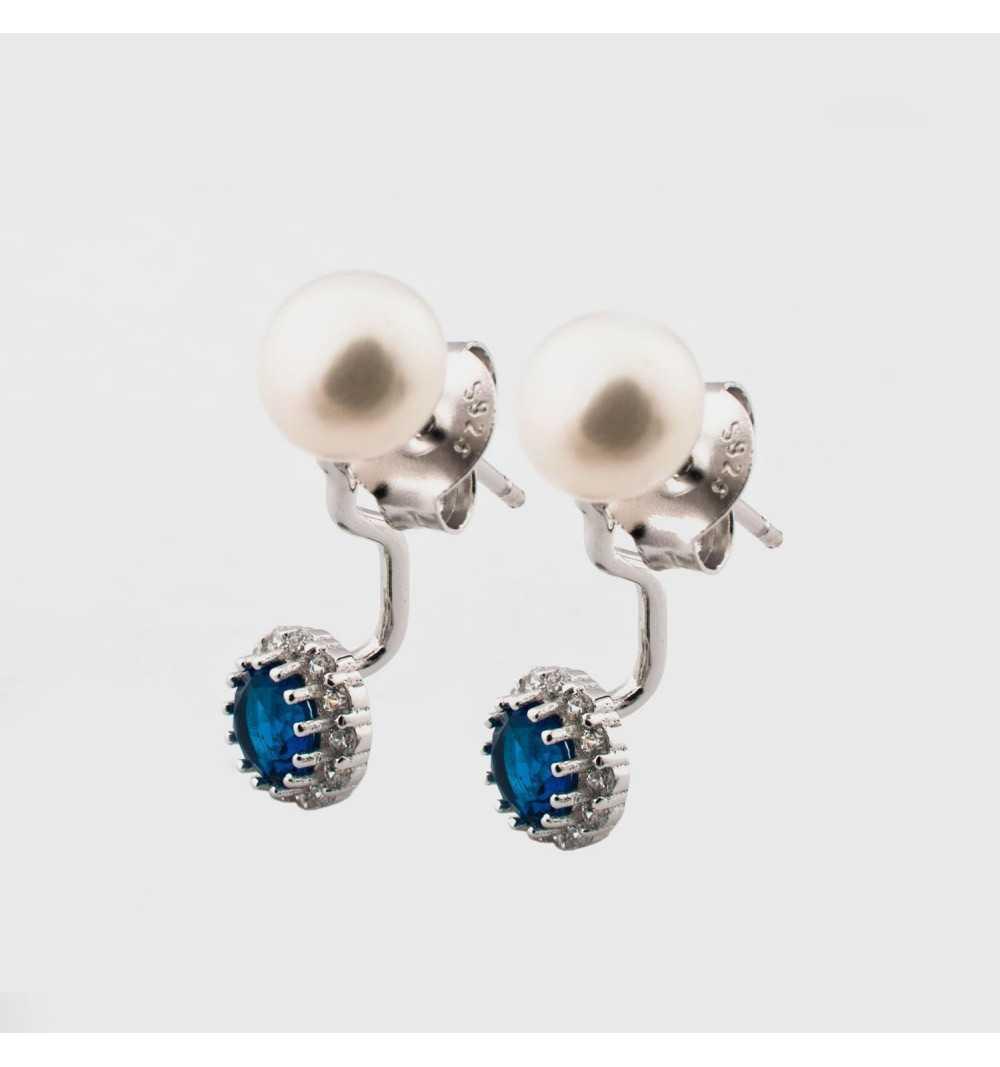 Srebrne kolczyki za ucho z perłami i niebieskimi cyrkoniami