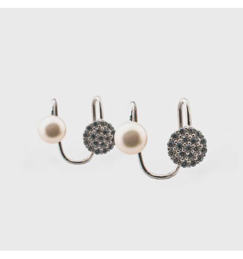 Srebrne kolczyki nausznice z perłą i okręgiem wysadzanym cyrkoniami