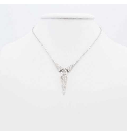 Srebrny naszyjnik z ozdobnymi trójkątami