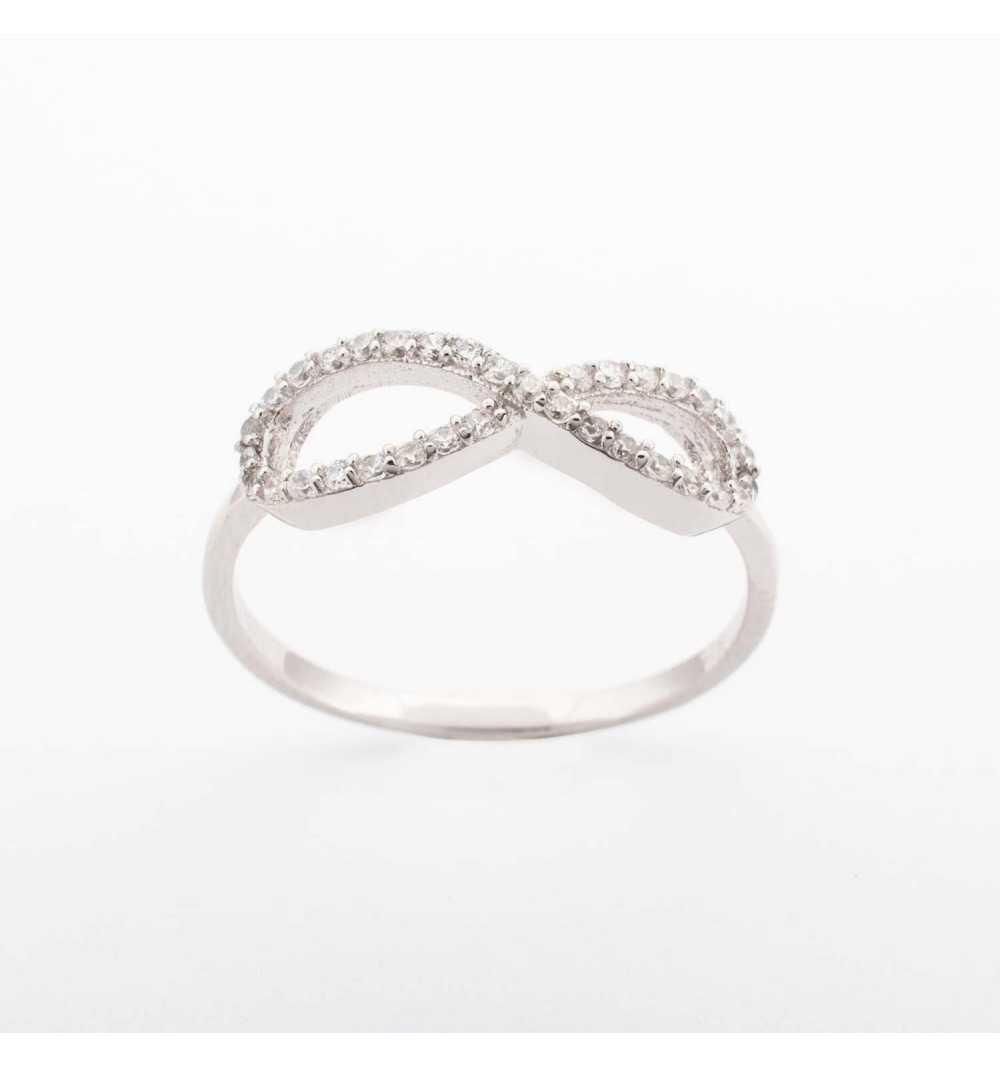 Srebrny pierścionek nieskończoność z cyrkoniami