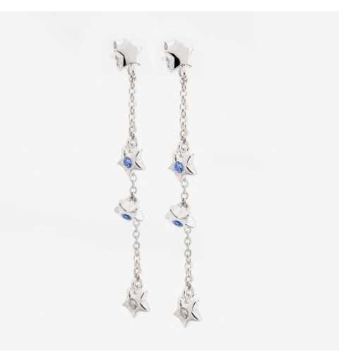 Długie srebrne kolczyki gwiazdki z białymi i niebieskimi cyrkoniami