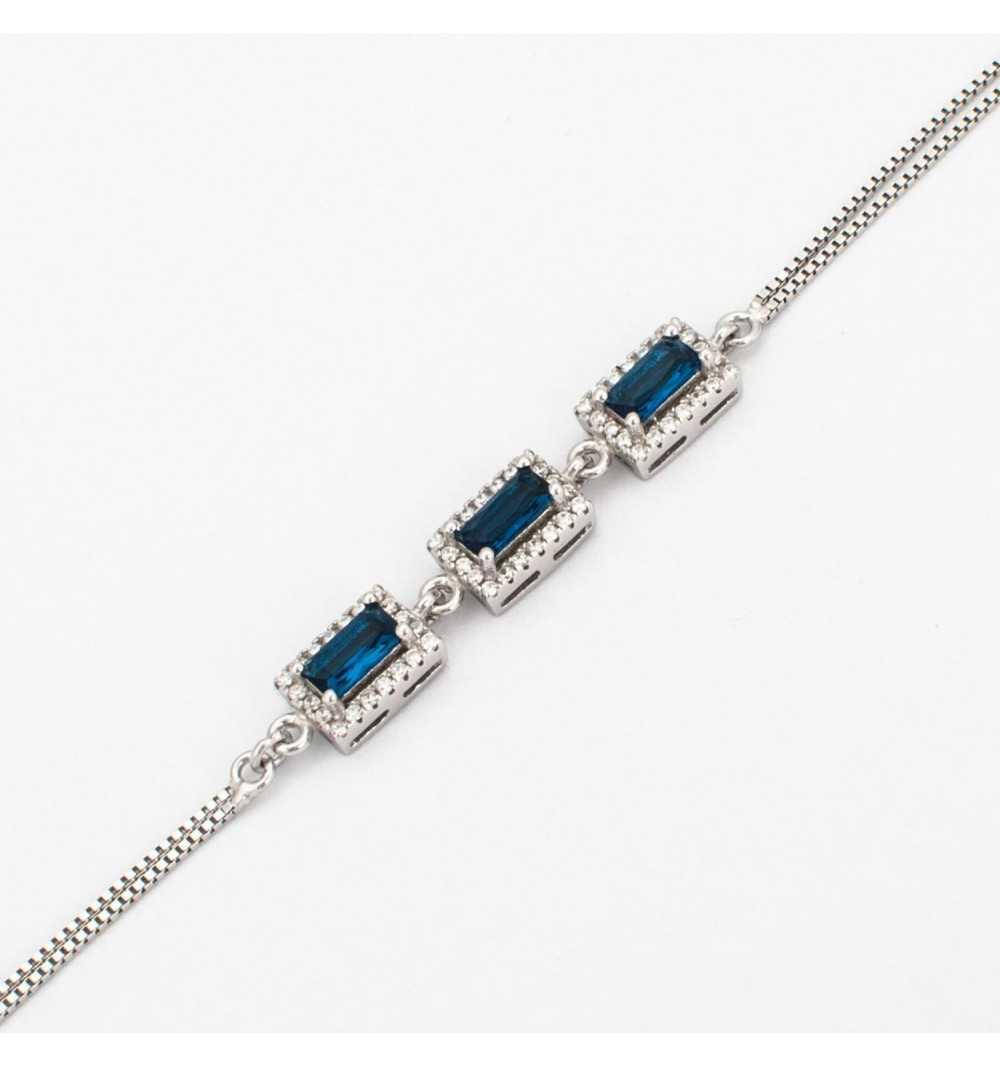 Srebrna bransoletka z niebieskimi cyrkoniami