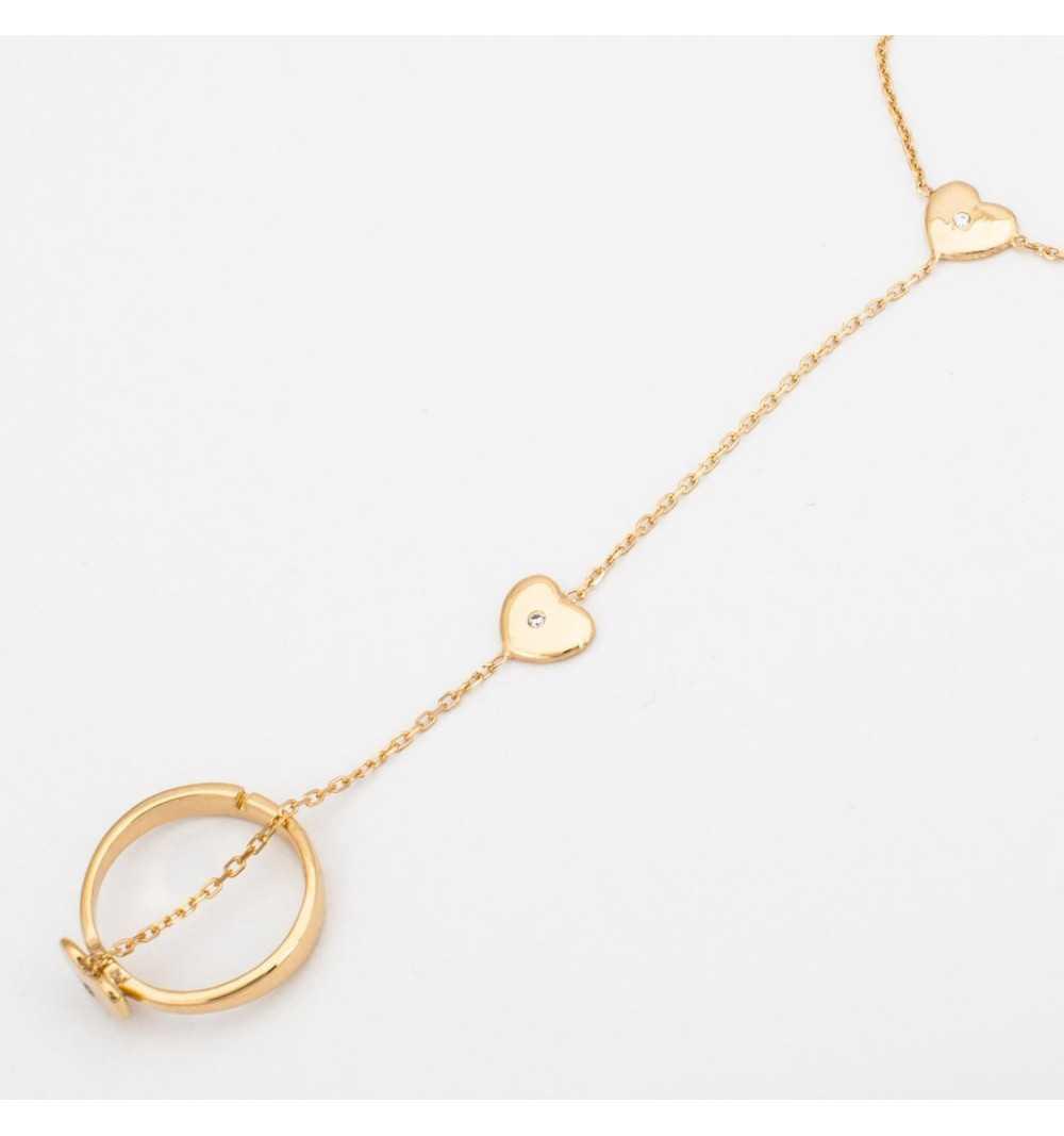 Pozłacana srebrna bransoletka z serduszkami połączona z pierścionkiem delikatnym łańcuszkiem