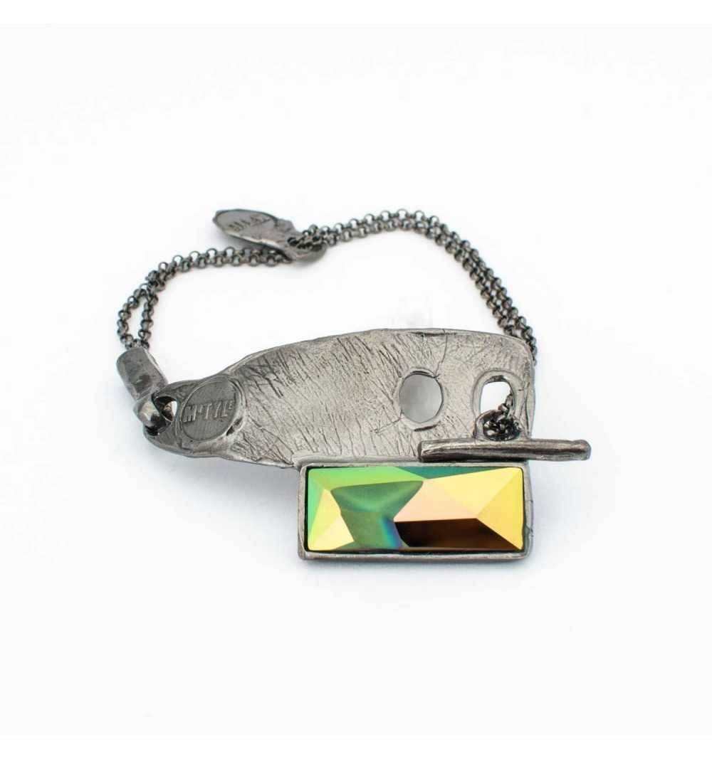 Srebrna bransoletka MOTYLE z kryształem Swarovskiego SCARABAEUS GREEN