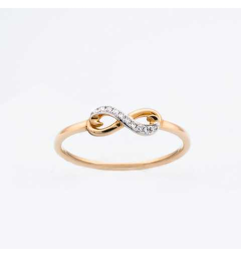Złoty pierścionek z brylantami 0,02ct