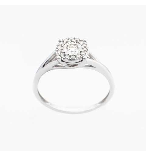 Złoty pierścionek z brylantami 0,18ct