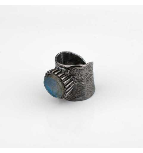 Srebrny pierścionek MOTYLE grafitowy blask (czarny rod) kamień naturalny labradoryt