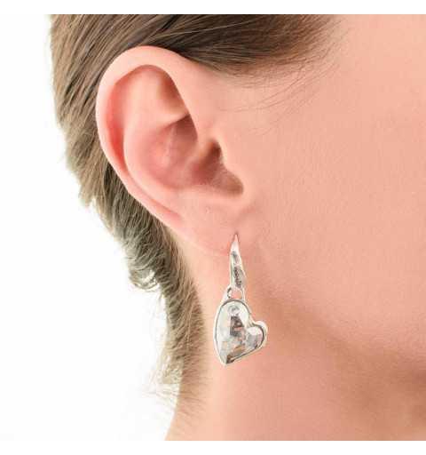 Srebrne kolczyki MOTYLE antyczna szarość z kryształami Swarovskiego BLUE SHADE w kształcie serca