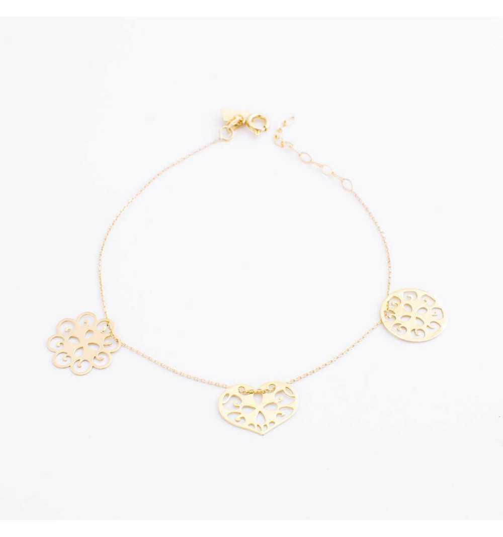 Złota bransoletka z ornamentowym kwiatkiem, sercem i kółkiem