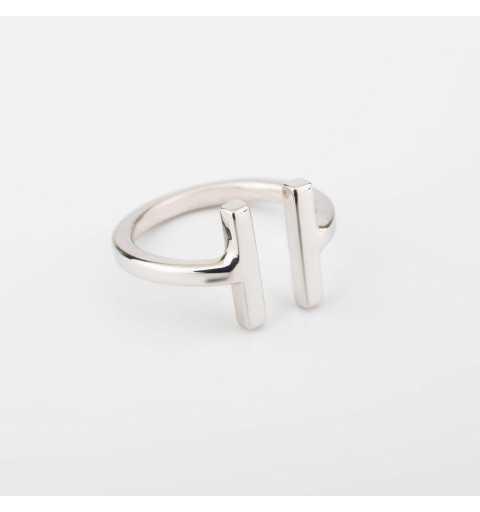Delikatny srebrny pierścionek T-collection
