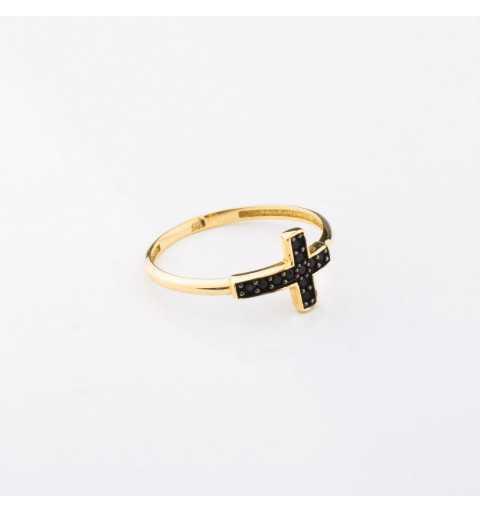 Złoty pierścionek krzyż z czarnymi cyrkoniami