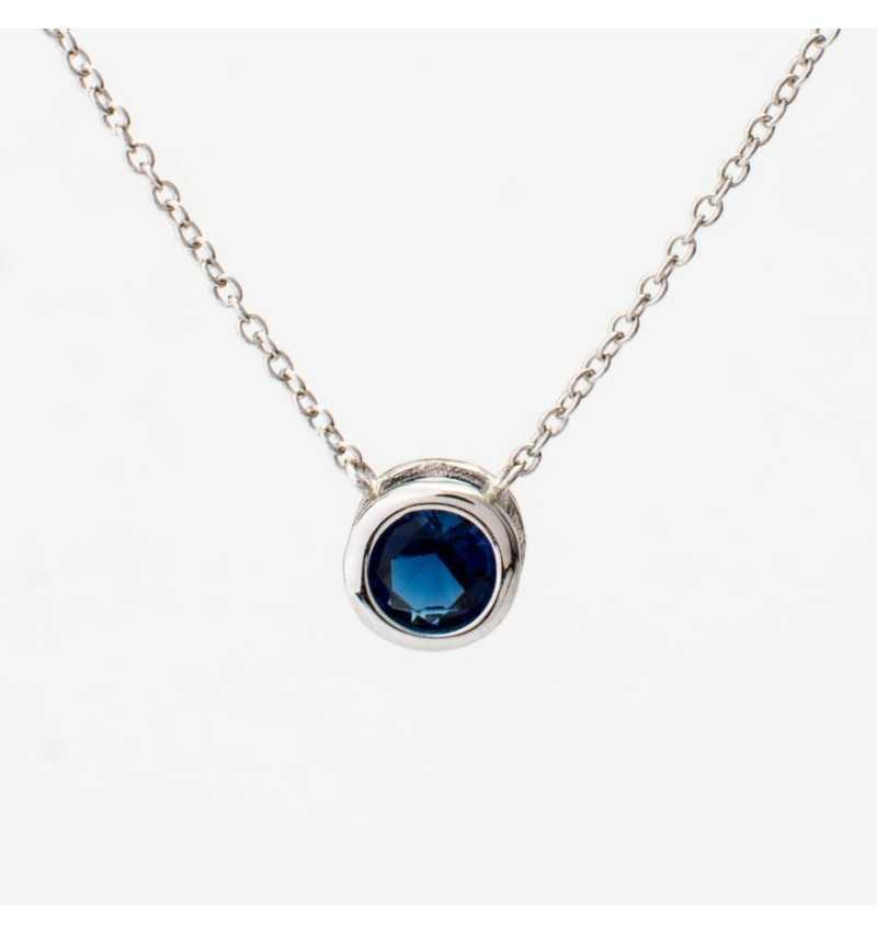 Srebrny naszyjnik z niebieską cyrkonią