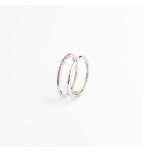 Srebrny pierścionek tunel z rzędem jasnoróżowych cyrkonii