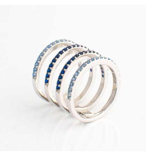 Srebrny pierścionek poczwórny tunel wysadzany niebieskimi cyrkoniami