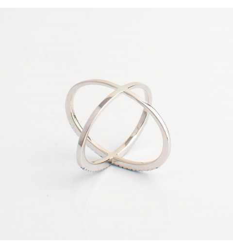 Srebrny pierścionek X niebieskie cyrkonie
