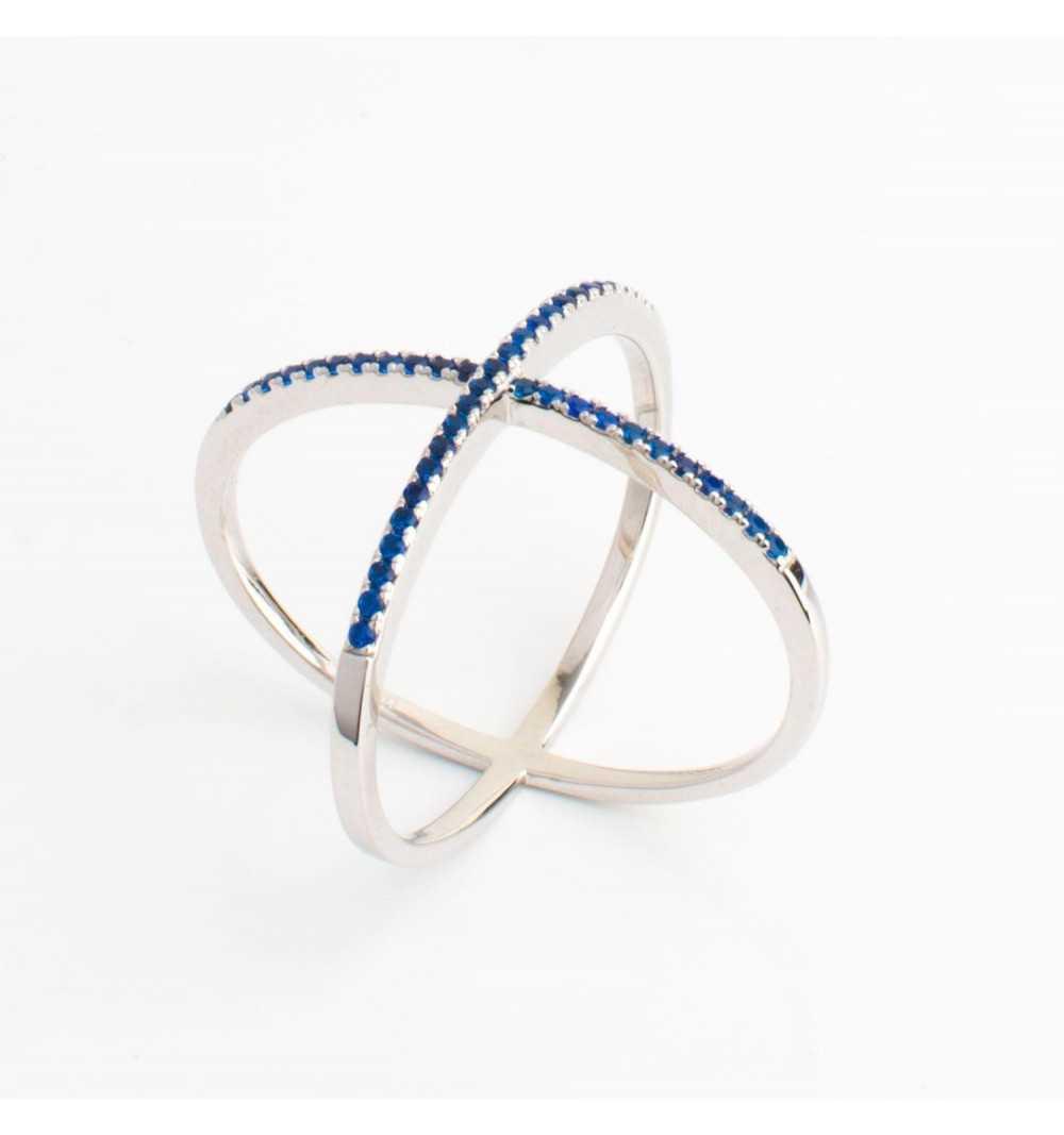 Srebrny pierścionek X granatowe cyrkonie