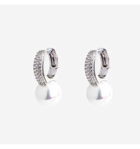 Eleganckie srebrne kolczyki z perłami