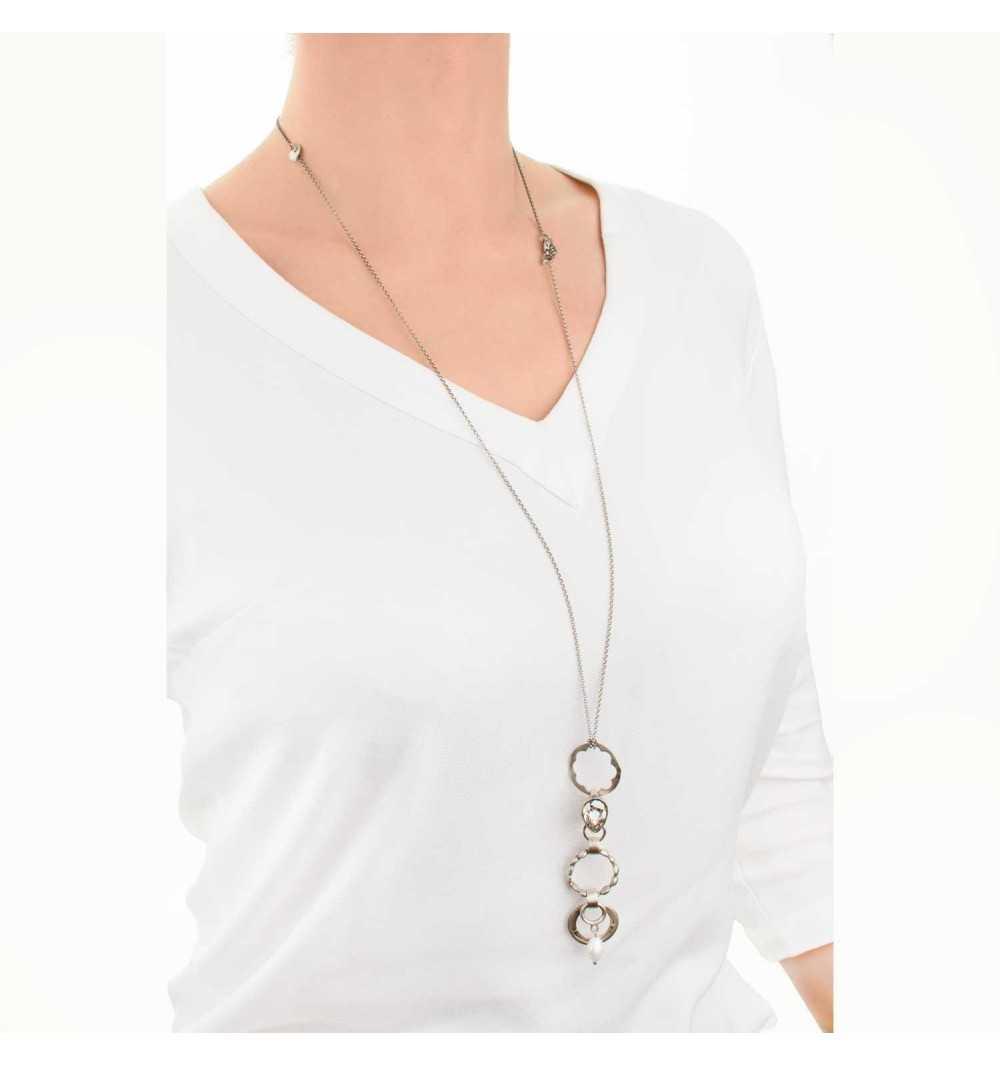 Srebrny naszyjnik MOTYLE antyczna szarość kryształy Swarovskiego i perły słodkowodne