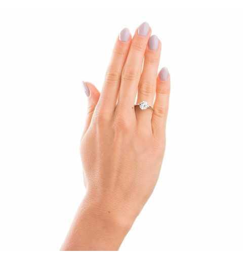 Srebrny pierścionek z dużą cyrkonią