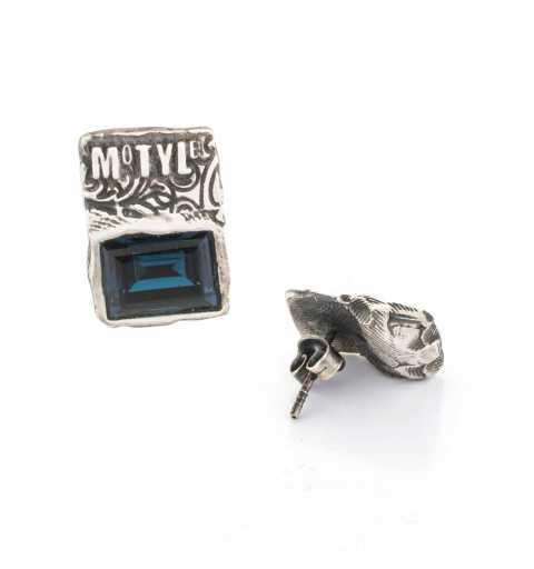 """Srebrne kolczyki MOTYLE antyczne srebro oksydowane z niebieskimi kryształami Swarovskiego """"Montana"""""""