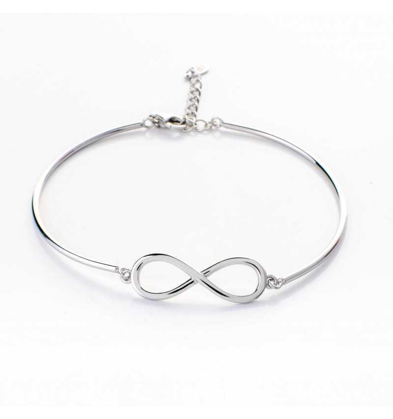 Sztywna srebrna bransoletka z nieskończonością