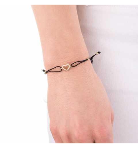 Złota bransoletka z sercem na sznurku