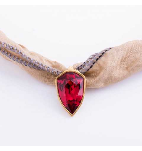 Srebrna bransoletka MOTYLE wykonana z naturalnego jedwabiu z Kryształem Swarovskiego Scarlet królewskie złoto 24 k MJG3069