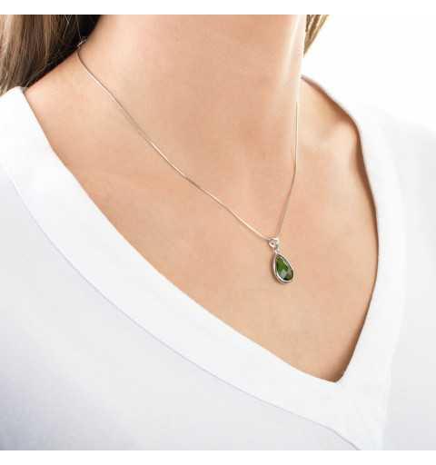 Komplet srebrnej biżuterii z zielonymi kamieniami