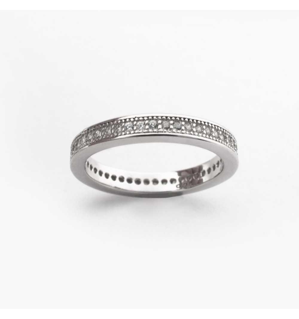 Srebrny pierścionek cały wysadzany cyrkoniami
