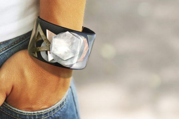 nowoczesna biżuteria smart bangle