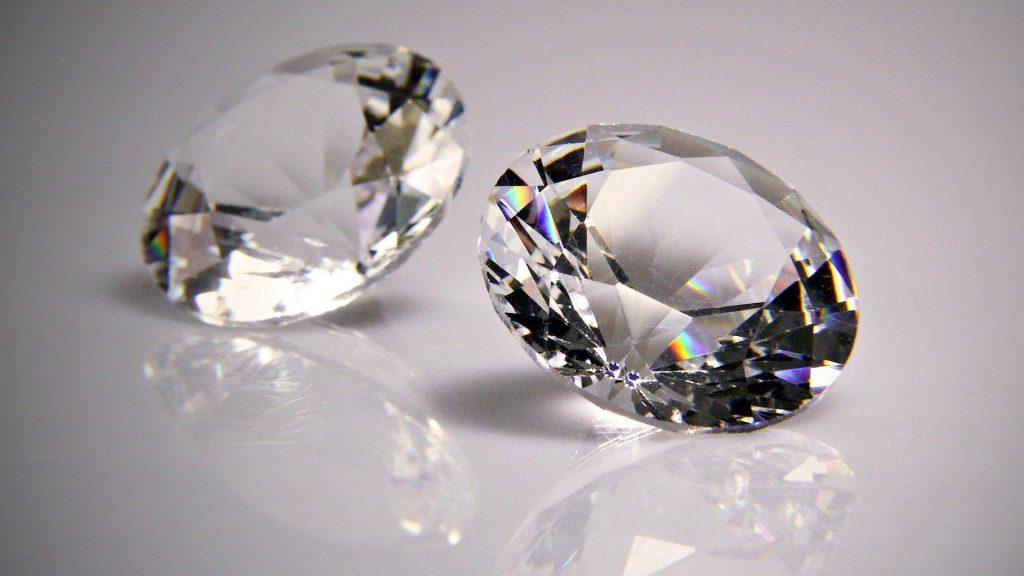 Oszlifowane diamenty, czyli brylanty