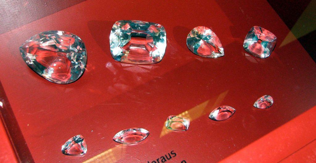 Diament Cullinan podzielony na mniejsze części